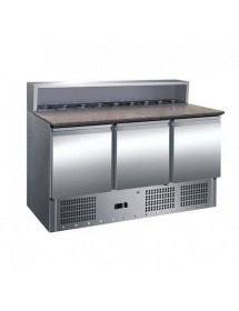 Refrigerated preparation table with granite countertop